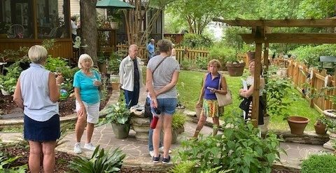 We love outings and garden tours!